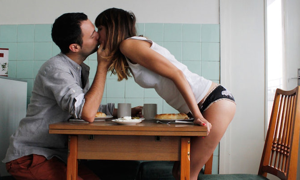How To Hook Up With A Roommate Without Things Getting Weird - EZHookups