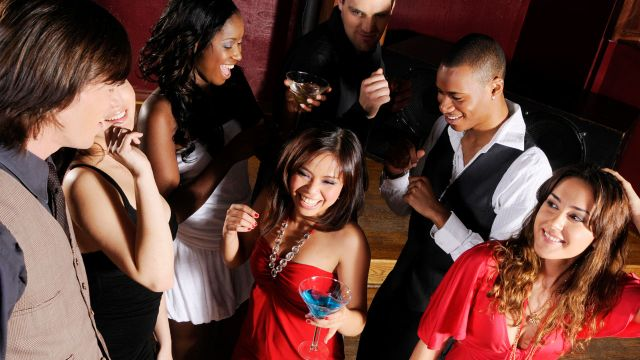 ezhookups.com - We've Got Atlanta's Hottest Hookup Bars!